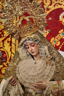 NOTICIAS Rosario_montesion_sevilla_2_capataces